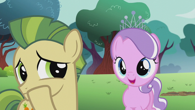 File:Diamond Tiara addresses colt with super teeth S5E18.png