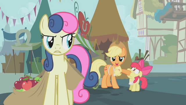 File:Applejack covers Apple Bloom's mouth S1E12.png