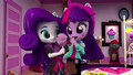 Rarity offers cotton candy to Twilight EGM4.png