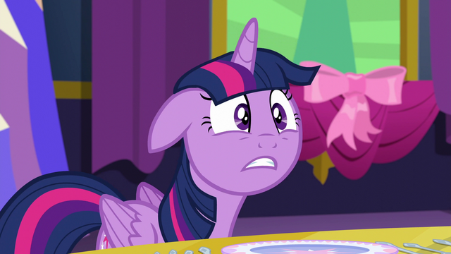 "File:Twilight ""what!"" S06E06.png"