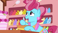 "Mrs. Cake ""the first of many cakes for me"" S7E13.png"