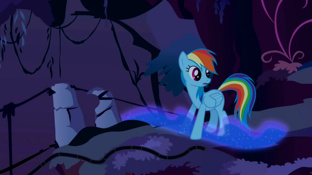 File:Rainbow Dash sees Nightmare Moon's trail S1E02.png