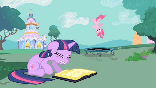 File:Twilight Distracted S1E26.png