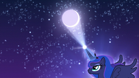 Princess Luna moving the moon S5E4