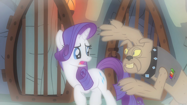 File:Rarity spooked S1E19.png