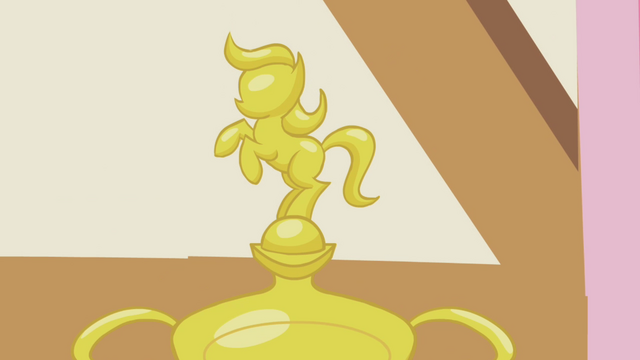 File:Applejack's trophy S1E04.png