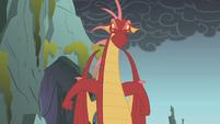 Dragon turns toward Fluttershy S1E07