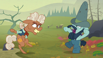 Ma Hooffield and Big Daddy McColt about to brawl S5E23