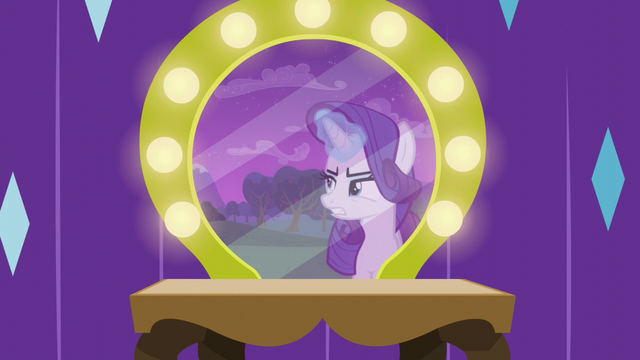 File:Rarity more frustrated with Coloratura S5E24.png