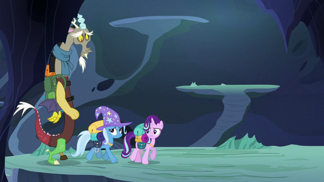"""File:Starlight Glimmer """"Thorax knows where we're going"""" S6E25.png"""