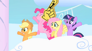 Friends cheering when Rainbow Dash and Rarity come out S1E16