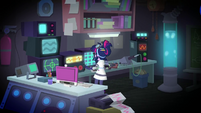 Twilight Sparkle in her home laboratory SS5