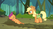 Scootaloo 'Just getting my exercise!' S3E06