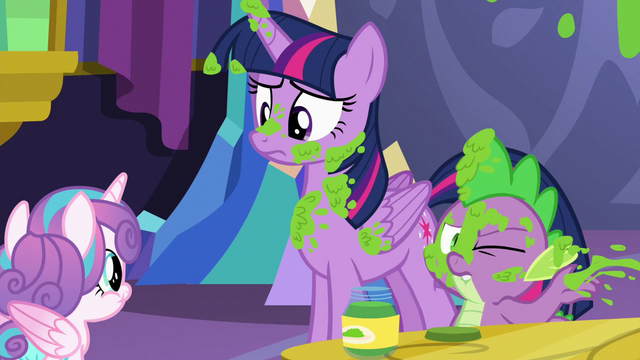 File:Spike wipes mashed peas off of his face S7E3.png