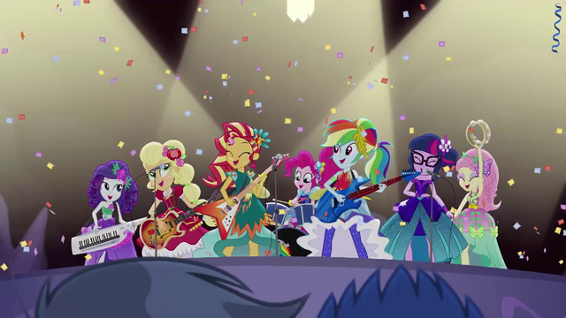 File:The Rainbooms showered with confetti EG4.png