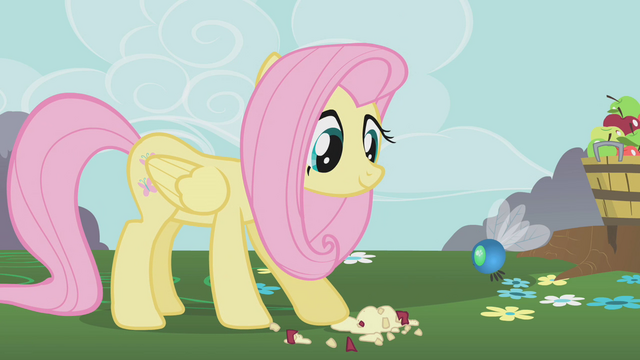 File:Fluttershy feeds a parasprite S01E10.png