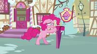 Pinkie Pie closes the mailbox S3E07