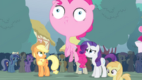 Pinkie with big head S4E13