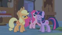 Pinkie Pie, please, stop singing S1E09