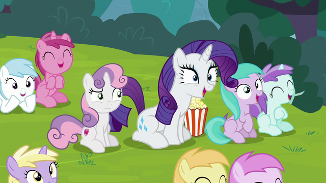 File:Rarity and fillies laughing loudly S7E6.png