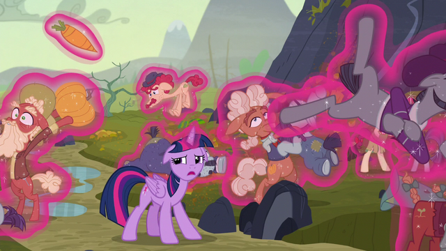 File:Twilight calls Fluttershy as she keeps the families frozen S5E23.png