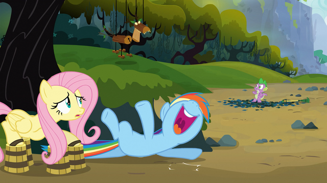 File:Rainbow Dash laughing S03E09.png