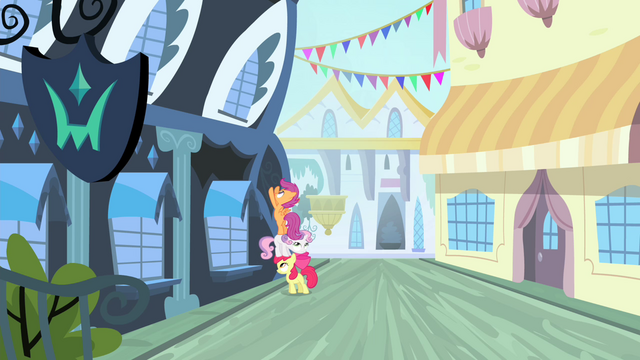 File:CMC trying to sneak into the studio S4E19.png