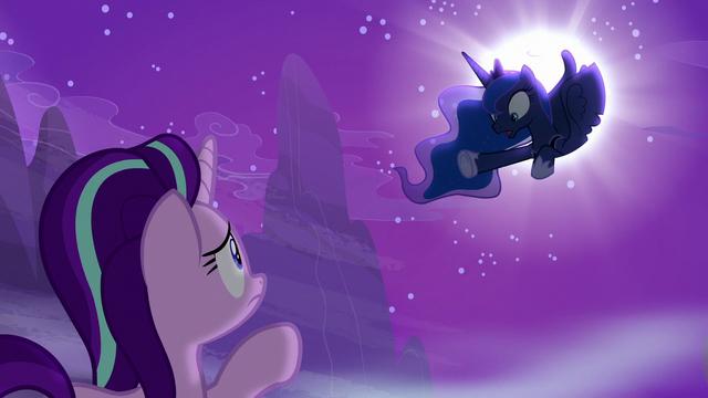 "File:Princess Luna ""be careful who you trust!"" S6E25.png"