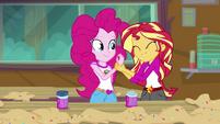 Sunset tells Pinkie to stop touching things EG4