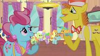 Ponies talking S4E19