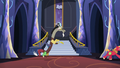 Discord and Big Mac go to the throne room S6E17.png