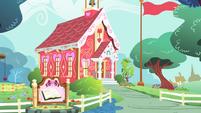 Ponyville Schoolhouse S4E05