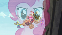 Wonderbolts save the carriage passengers S5E11