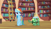Rainbow Dash trying to act indifferent S03E11