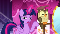 "Twilight ""I didn't sleep well either"" S5E13"