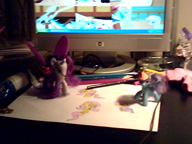 File:FANMADE Rarity and Rainbow Dash admiring Fluttershy drawings.png
