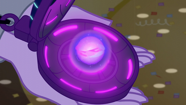 File:Magic swirls in Twilight's amulet EG3.png