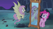 Pinkie Pie behind a mirror S4E07