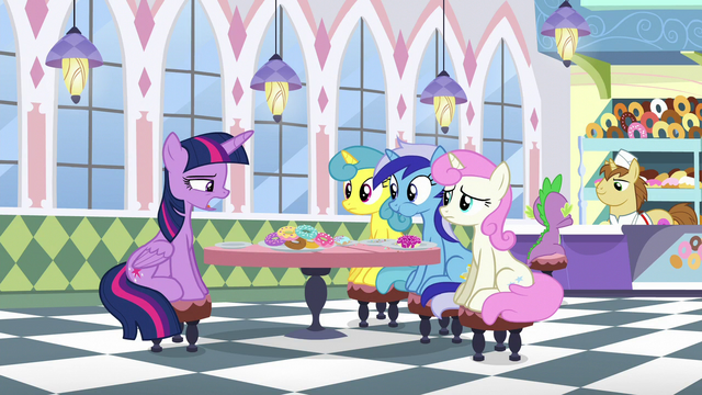 File:Twilight says she came to apologize S5E12.png