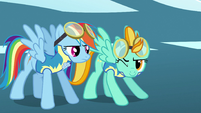Lightning Dust winking to Rainbow Dash S3E7