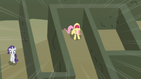 Fluttershy scream Rarity horn error S2E1