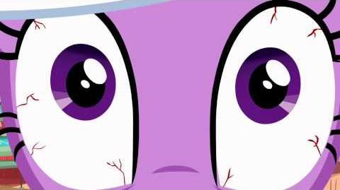 Twilight Sparkle - Monitor everything!