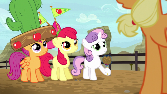 File:Crusaders listening to Applejack S5E6.png
