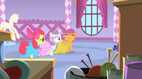 The CMC in Carousel Boutique S1E23
