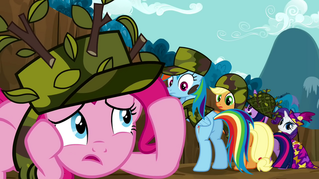 File:Pinkie Pie cowering S2E21.png