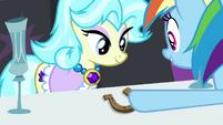 Rainbow gives horseshoe to crystal chalice trader S4E22