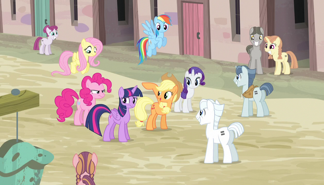 File:Applejack introduces her friends S5E1.png