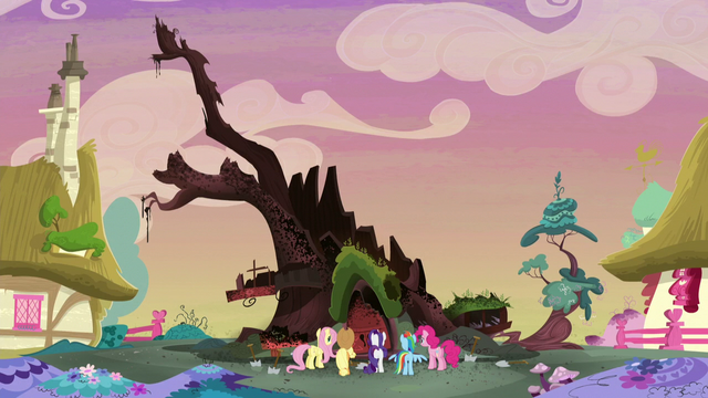 File:Main 5 in front of the destroyed Golden Oak S5E3.png