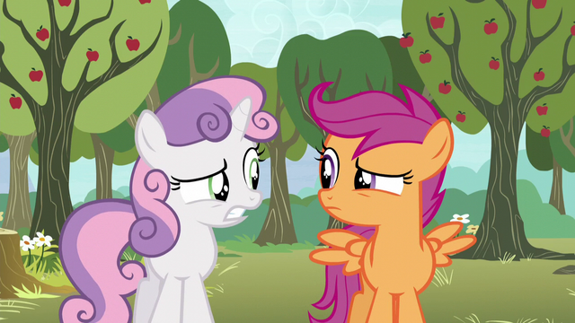 File:Scootaloo and Sweetie Belle nervous glance S5E4.png