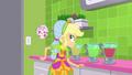 Applejack flips a cup behind her back SS9.png